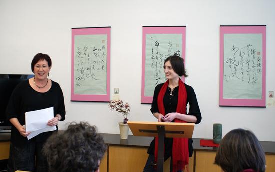 Vortrag von Elena Giannoulis und Beate Wonde (Foto: Flühmann), 22.04.2010